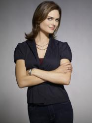 Emily Deschanel - Bones Season 3