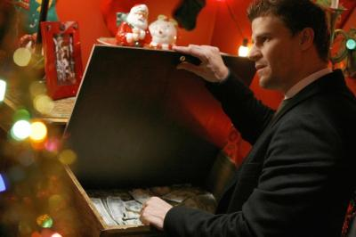 "BONES - David Boreanaz as Booth ""The Santa in the Slush"""