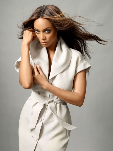 AMERICA'S NEXT TOP MODEL - Tyra Banks