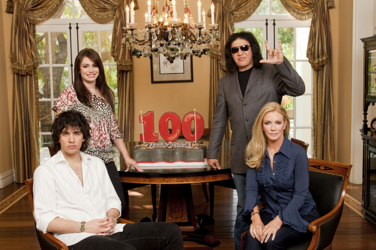 Gene Simmons Family Jewels 100th Episode Details Tv Equals