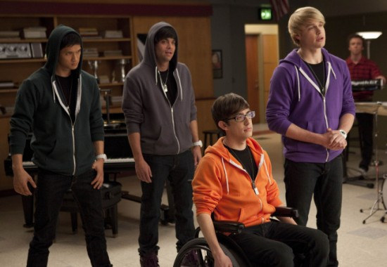 "Episode Synopsis: GLEE ""Comeback"" Season 2 Episode 13 – Rachel tries to"