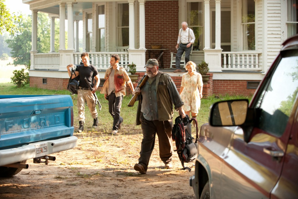 Watch The Walking Dead Season 1 Episode 5 online