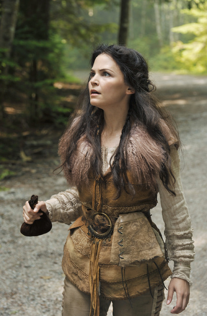 ONCE UPON A TIME (ABC) Snow Falls Episode 3 (3)