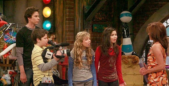 Two Icarly Spin Offs In The Works