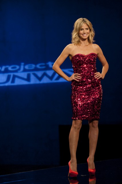 project runway season 10 episode 7 oh my lord and taylor 15 233910. Black Bedroom Furniture Sets. Home Design Ideas
