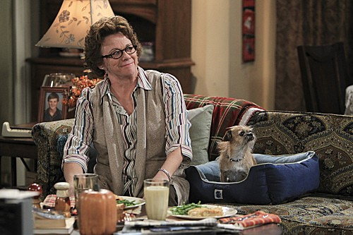 Mike & Molly Season 3 Episode 5 Mike's Boss (6)