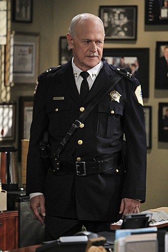 Mike & Molly Season 3 Episode 5 Mike's Boss (7)