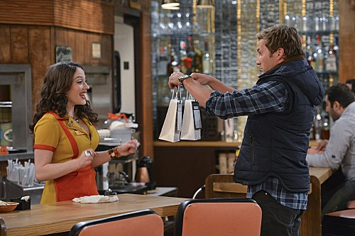 2 Broke Girls Season 2 Episode 6 And The Candy Manwich (2)
