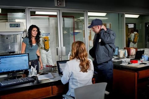 Rizzoli & Isles Season 3 Episode 11 Class Action Satisfaction (3)