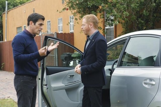 Modern Family Season 4 Episode 10 Diamond in the Rough (15)