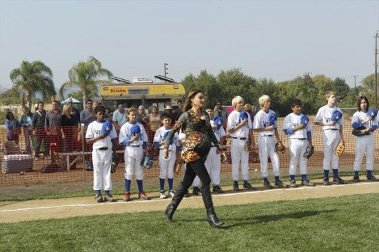 Modern Family Season 4 Episode 10 Diamond in the Rough (10)