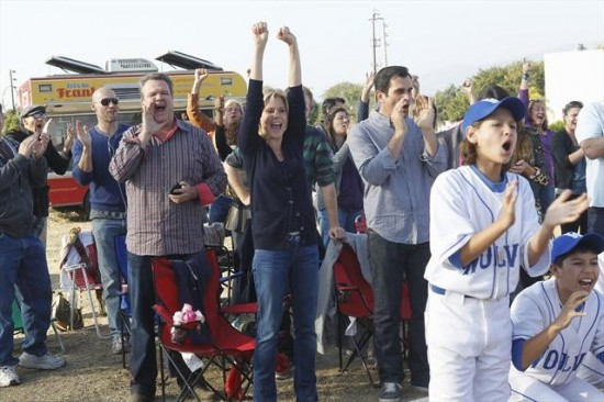 Modern Family Season 4 Episode 10 Diamond in the Rough (8)