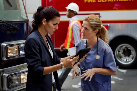 Rizzoli & Isles Season 3 Episode 15 No More Drama in My Life (5)