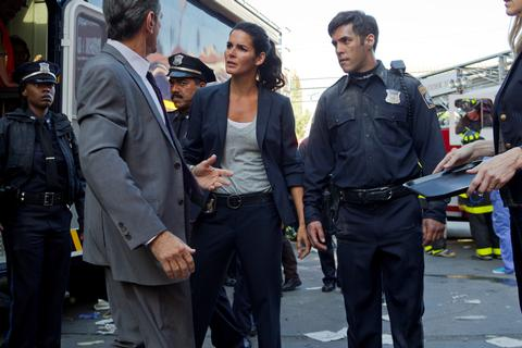 Rizzoli & Isles Season 3 Episode 15 No More Drama in My Life (8)
