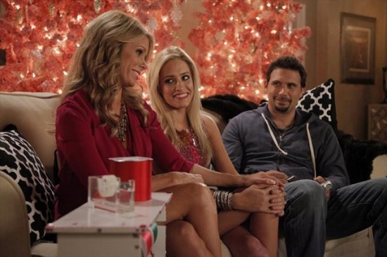 Suburgatory Season 2 Episode 7 Krampus (8)