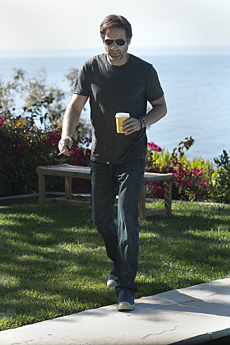 Californication Season 6 Episode 2 Quitters (6)