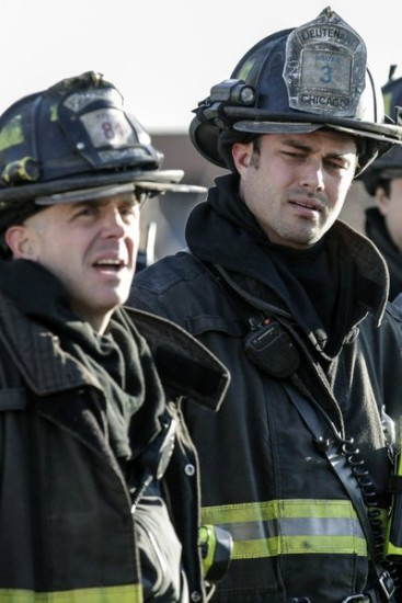 Chicago Fire Episode 12 Under the Knife (2)