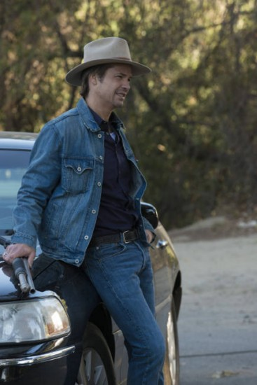 Justified Season 4 Episode 4 This Bird Has Flown (3)