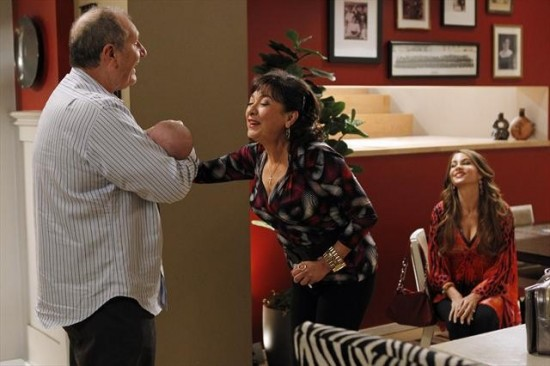 Modern Family Season 4 Episode 13 Fulgencio (1)