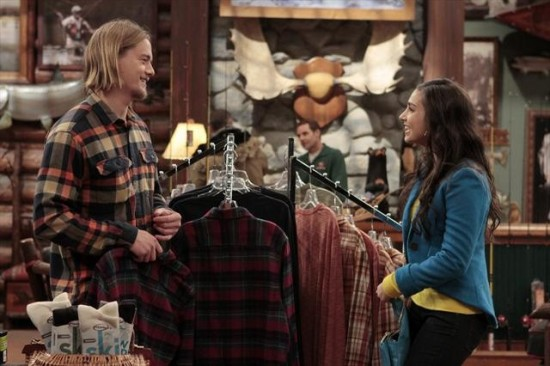 Last Man Standing Season 2 Episode 12 Quarterback Boyfriend (3)