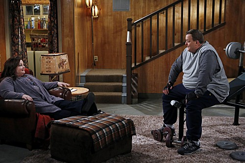 Mike & Molly Season 3 Episode 15 Mike the Tease (1)