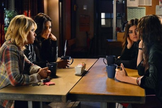 Pretty Little Liars Season 3 Episode 20 Hot Water (11)