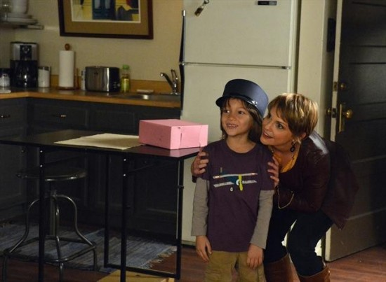 Pretty Little Liars Season 3 Episode 21 Out of Sight, Out of Mind (9)