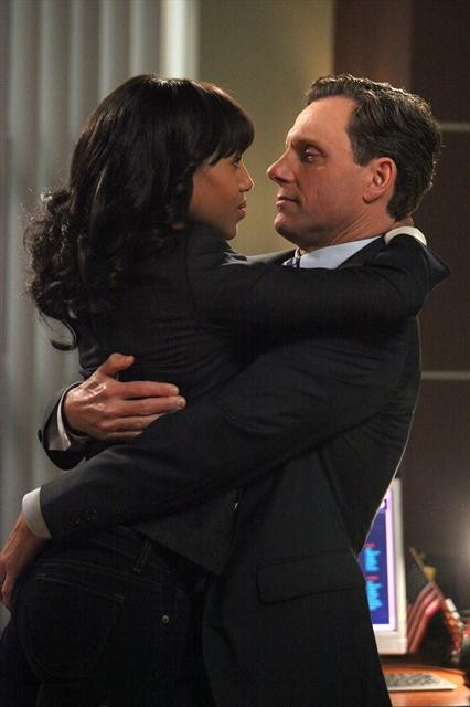 Scandal Season 2 Episode 13 Nobody Likes Babies (4)