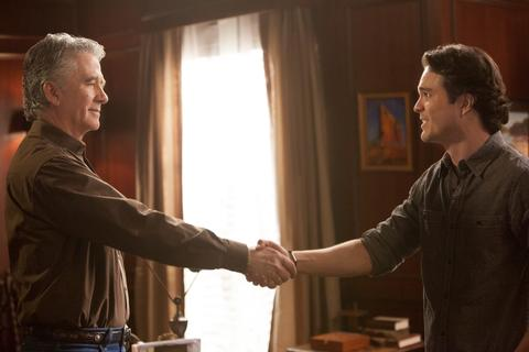 Dallas (TNT) Season 2 Episode 9 Ewing's Unite! (3)