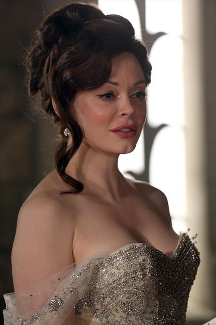 "Once Upon a Time Season 2 Episode 16 ""The Miller's Daughter"" (10)"