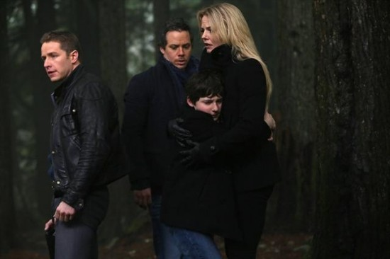 Once Upon a Time Season 2 Episode 17 Welcome to Storybrooke (7)