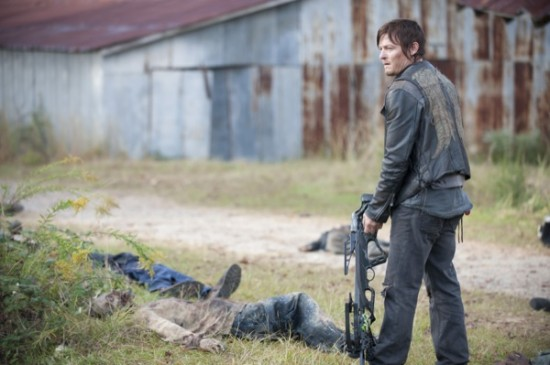 The Walking Dead Season 3 Episode 15 This Sorrowful Life 01