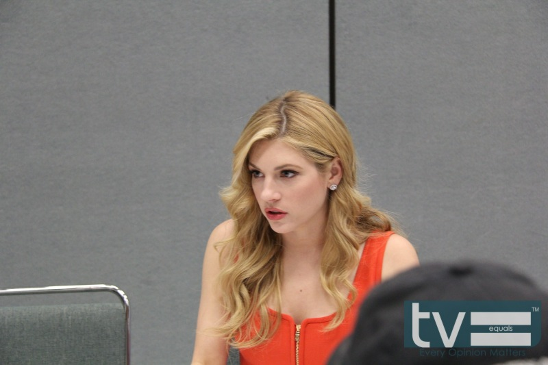 vikings cast wondercon 2013 01 # 275007