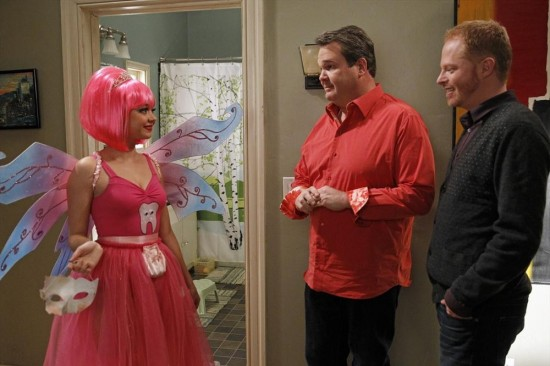 Modern Family Season 4 Episode 21 Career Day (18)