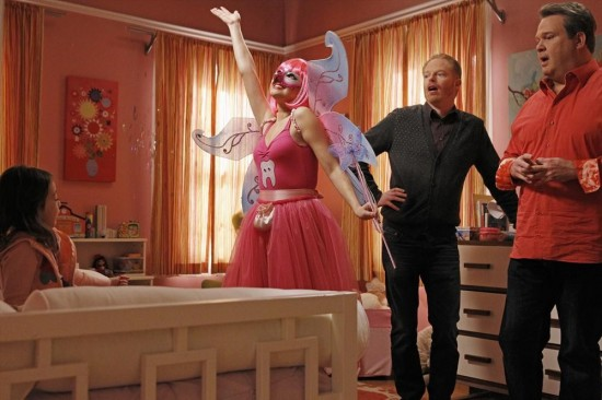 Modern Family Season 4 Episode 21 Career Day (25)