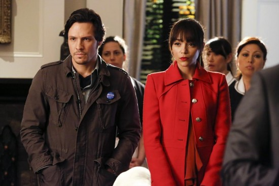 Revenge Season 2 Episode 19 Identity (3)