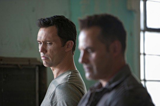 Burn Notice Season 7 Episode 4 Brothers in Arms (2)