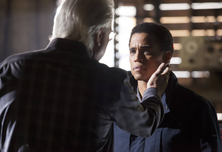 Almost Human Season 1 Episode 9 Unbound (12)