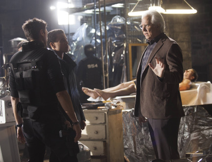 Almost Human Season 1 Episode 9 Unbound (9)