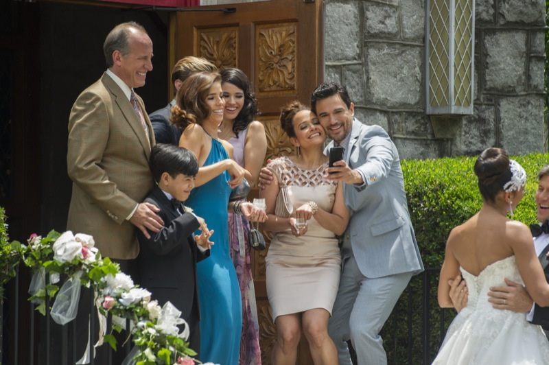 Devious Maids Season 2 Finale 2014 Look Back in Anger 4 ...