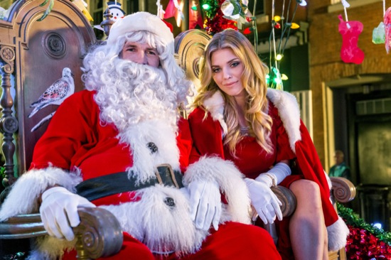 The christmas parade hallmark starring annalynne mccord for Kid chat rooms 12 14