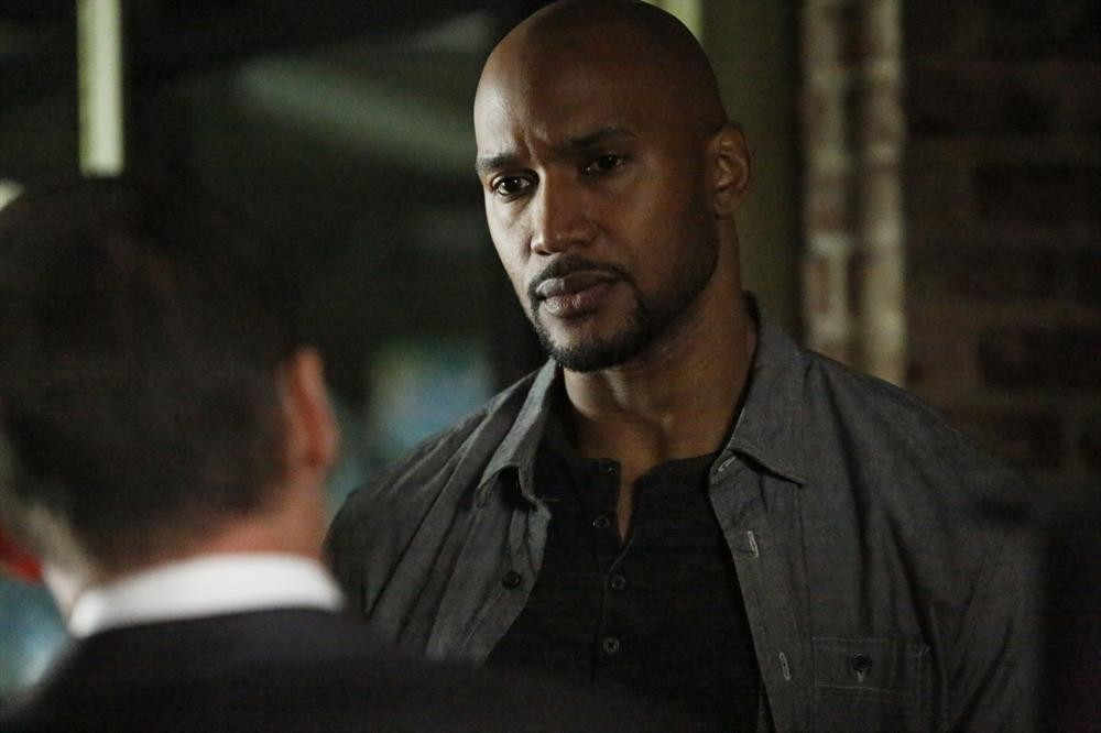 henry simmons height and weight