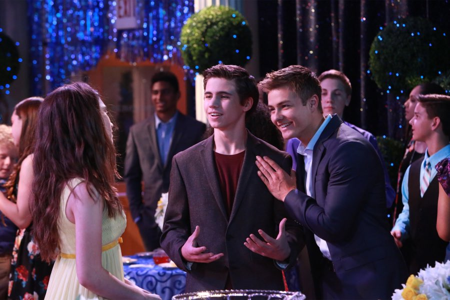 ricky garcia girl meets world Best friends whenever episode review: cyd and is from dog with a blog ricky garcia was lucas friend asher girl meets world in.